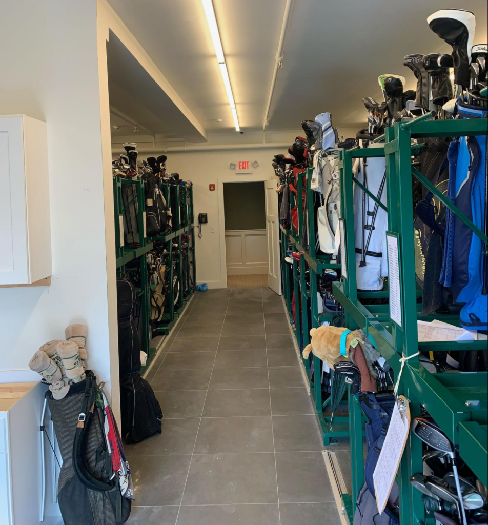 Quaker Ridge bag storage